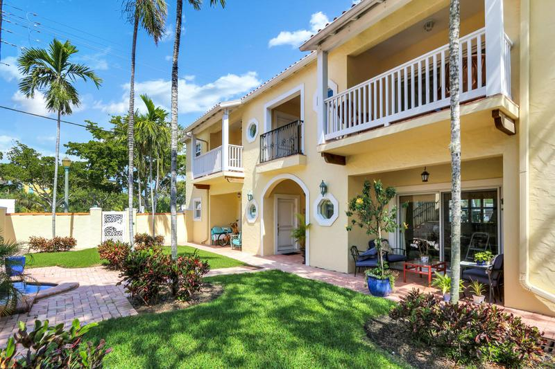 Image for property 95 4th Avenue D, Delray Beach, FL 33483