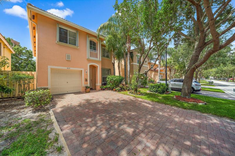 Image for property 4112 Lake Tahoe Circle, West Palm Beach, FL 33409