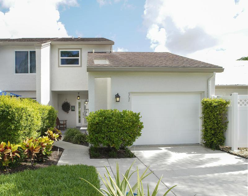 Image for property 6752 Canary Palm Circle, Boca Raton, FL 33433
