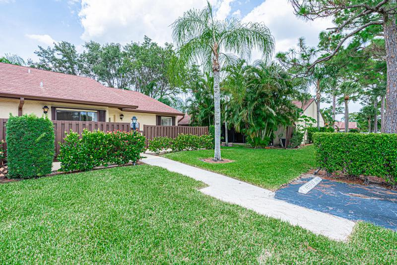Image for property 1029 Green Pine Boulevard H, West Palm Beach, FL 33409